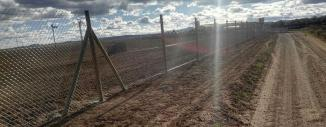 Vallado de Simple Torsión con Poste de Madera Tratada en Monreal del Campo (Teruel)