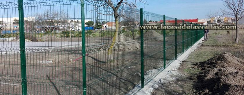 Vallado de Malla Plegada en el nuevo Hotel Ciudad de Borja (Zaragoza)