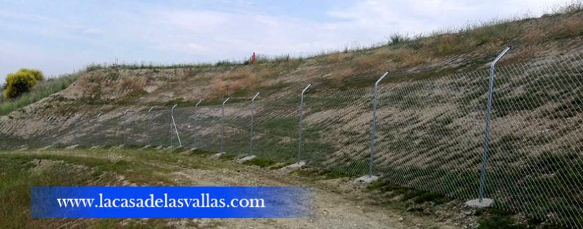 Vallado de Simple Torsión con Espino en Aeropuerto de Noáin (Navarra)