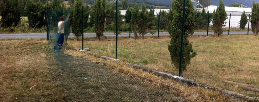 Vallado de Malla Plegada y Simple Torsión verde en Egino (Alava)