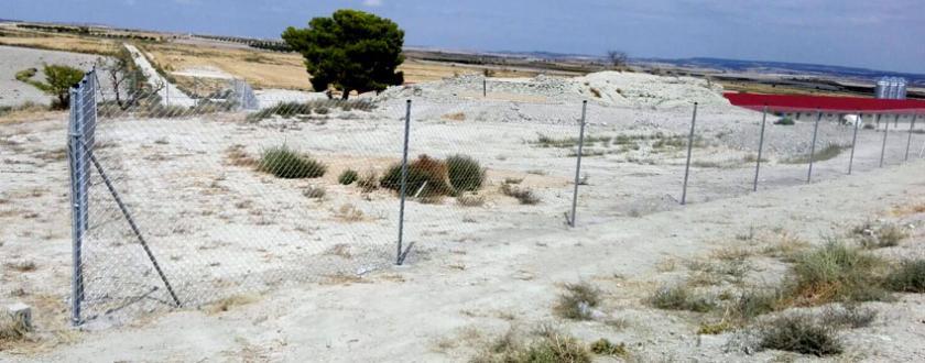 Vallado para Granja Avícola de Simple Torsión en La Almolda (Zaragoza)