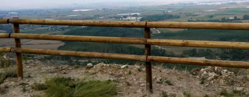 alla Tejana de Madera en Mirador Barranco de Peñalén en Funes (Navarra)