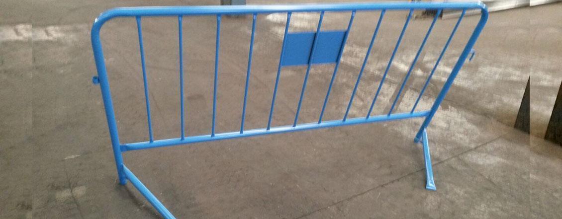 Valla peatonal de obra inclinada antip nico - Valla de obra ...